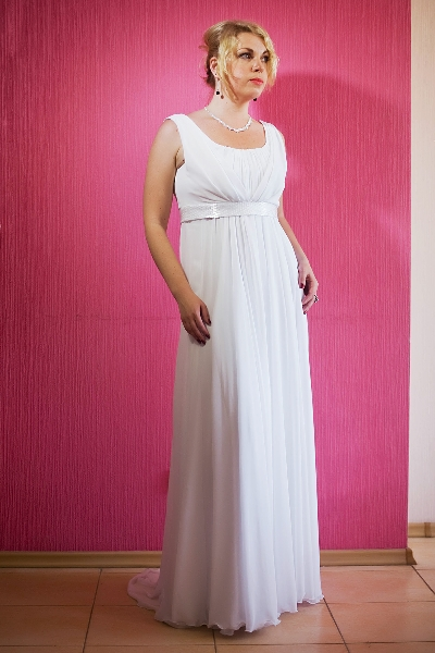 Атласное платье в стиле ампир