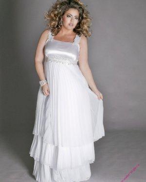 Свадебное платье Ариадна 4500 грн. Есть большие размеры. Цвет белый, айвори. Размер 42, 44, 46, 48, 50, 52.