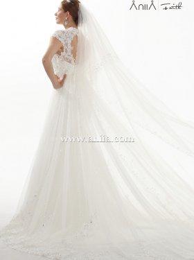 АКЦИЯ!!! 4000 грн. пркат, 10000 грн. продажа. Американский бренд ANIIA. Последняя модель. Шикарное платье в стиле рыбка-годе, поверх очень богатое кружево. Материал кружево+ длинный шлейф, кружевная маечка, всё платье расшито бисером и хрусталинками.