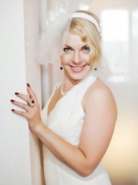 Вуаль для невесты с цветком на обруче- 300 грн.