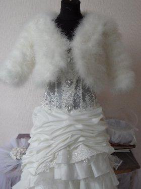 "Свадебная шубка ""Лебяжий пух"", рукав 3/4. прокат 400 грн.  Продажа 1500 грн."