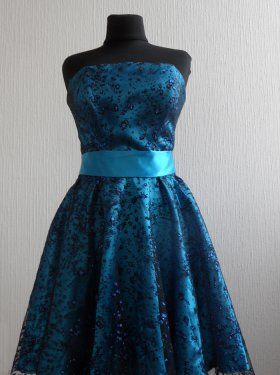 Вечерне платье 500 грн.  Цвет синий, голубой, фиолет.